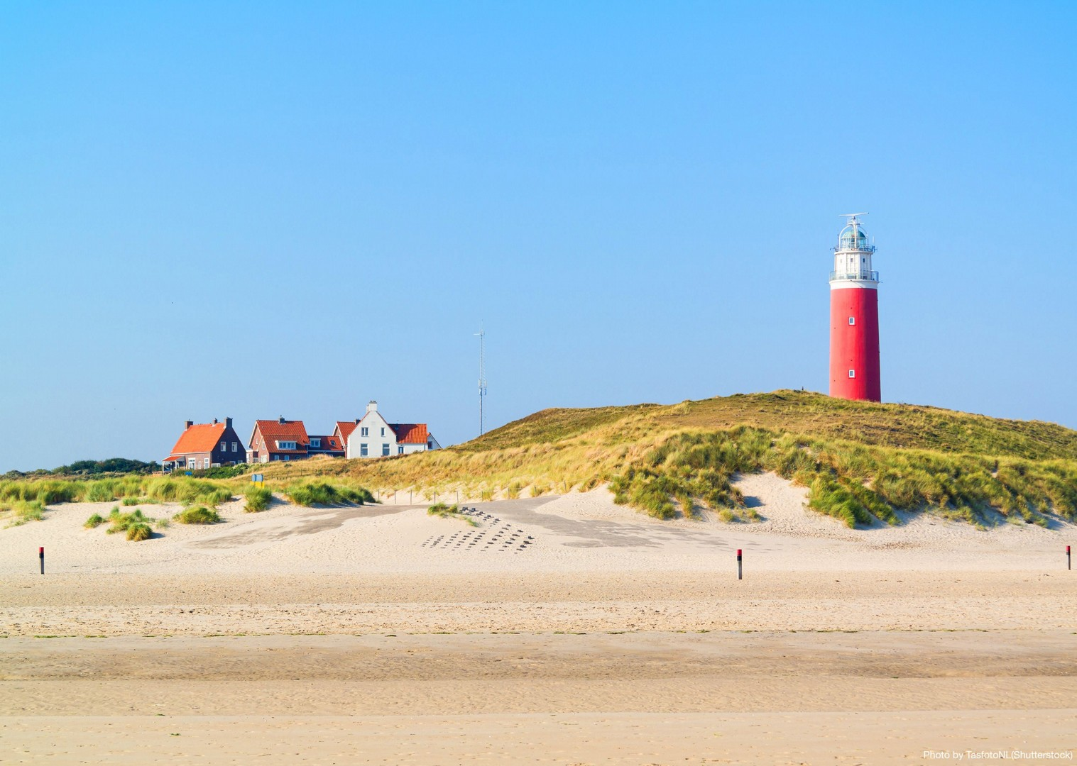 golden-beaches-to-explore-at-your-own-pace.jpg - Holland - Windmills and Golden Beaches - Bike and Barge Holiday - Leisure Cycling