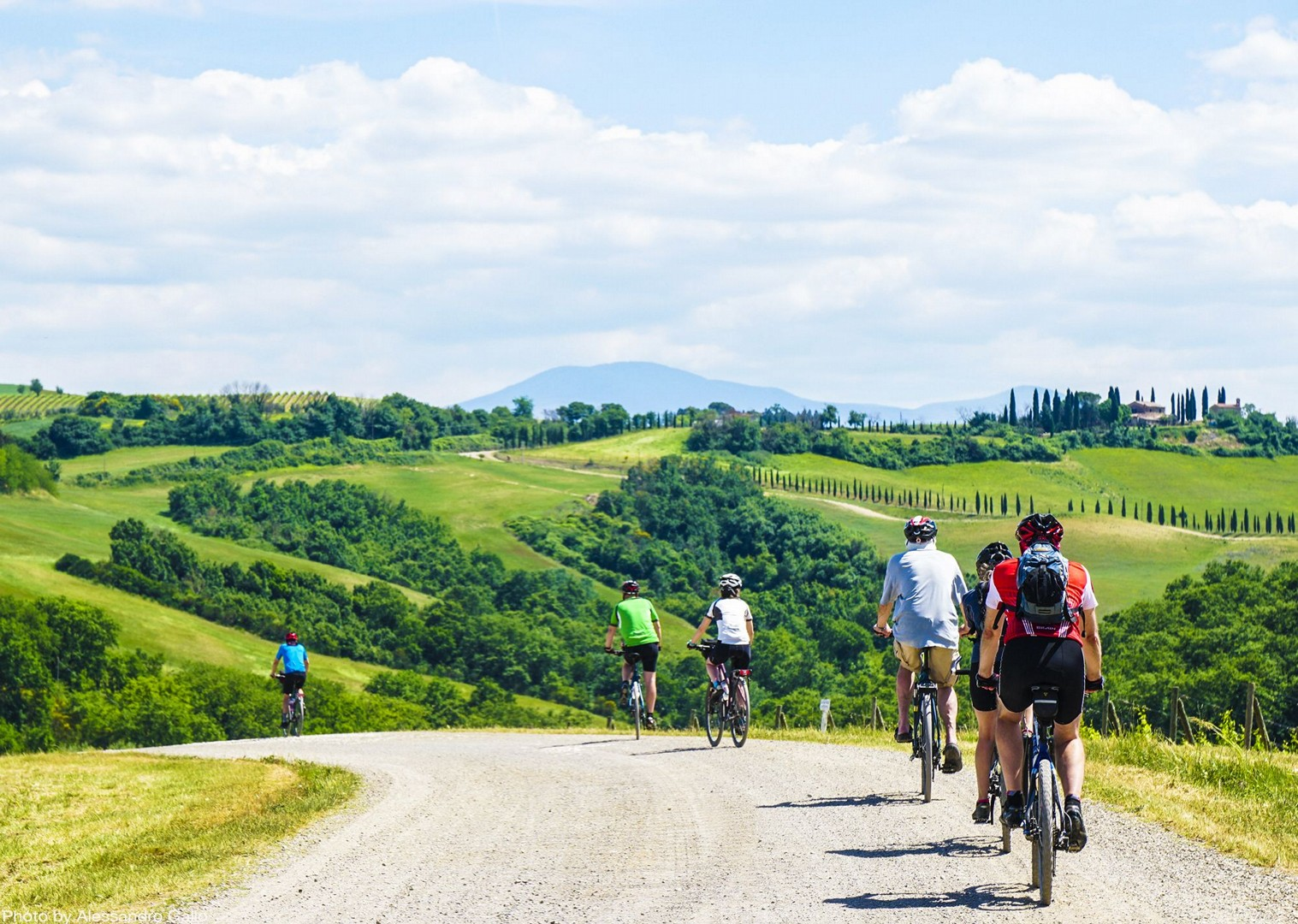 stunning-italian-tuscan-landscapes-group-bike-tour.jpg - Italy - A Taste of Tuscany - Leisure Cycling