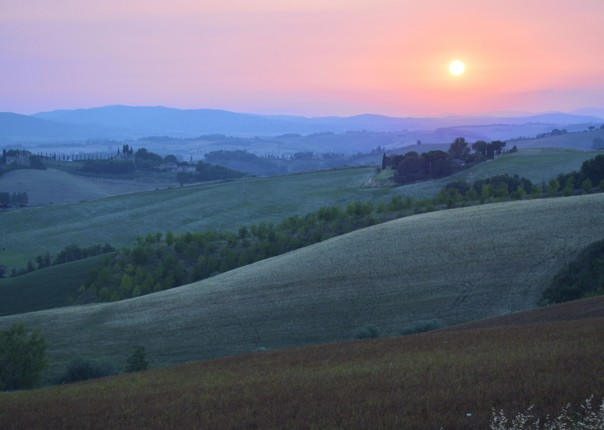 tuscany-cycling-holiday-sunset.jpg - Italy - Classic Tuscany - Self-Guided Leisure Cycling Holiday - Leisure Cycling