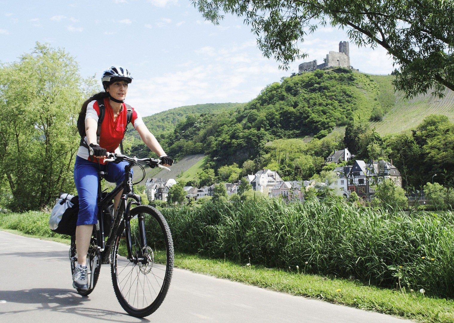 moselle-river-moselle-valley-germany-leisure-cycling-holiday.jpg - Germany - Moselle Valley - Leisure Cycling
