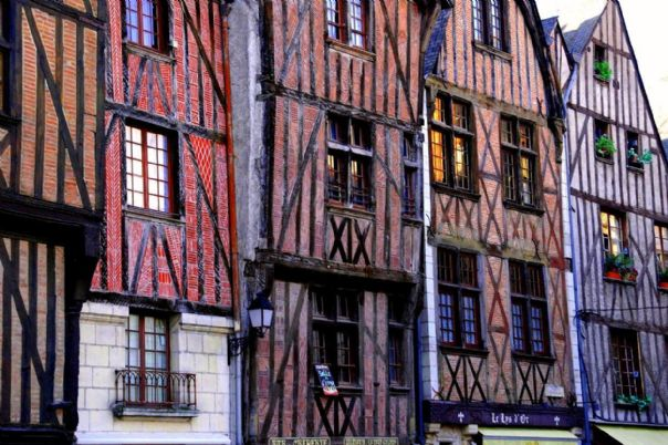 Old Buildings Tours.jpg - France - Chateaux of the Loire - Self-Guided Leisure Cycling Holiday - Leisure Cycling