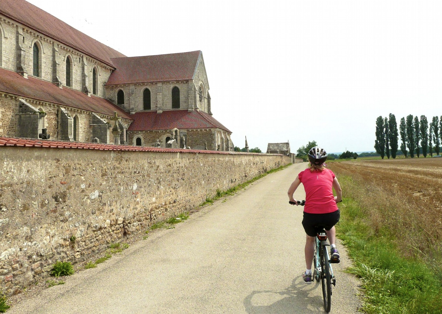 auxerre-self-guided-leisure-cycling-holiday-france.jpg - France - Burgundy - Caves and Canals - Self-Guided Leisure Cycling Holiday - Leisure Cycling
