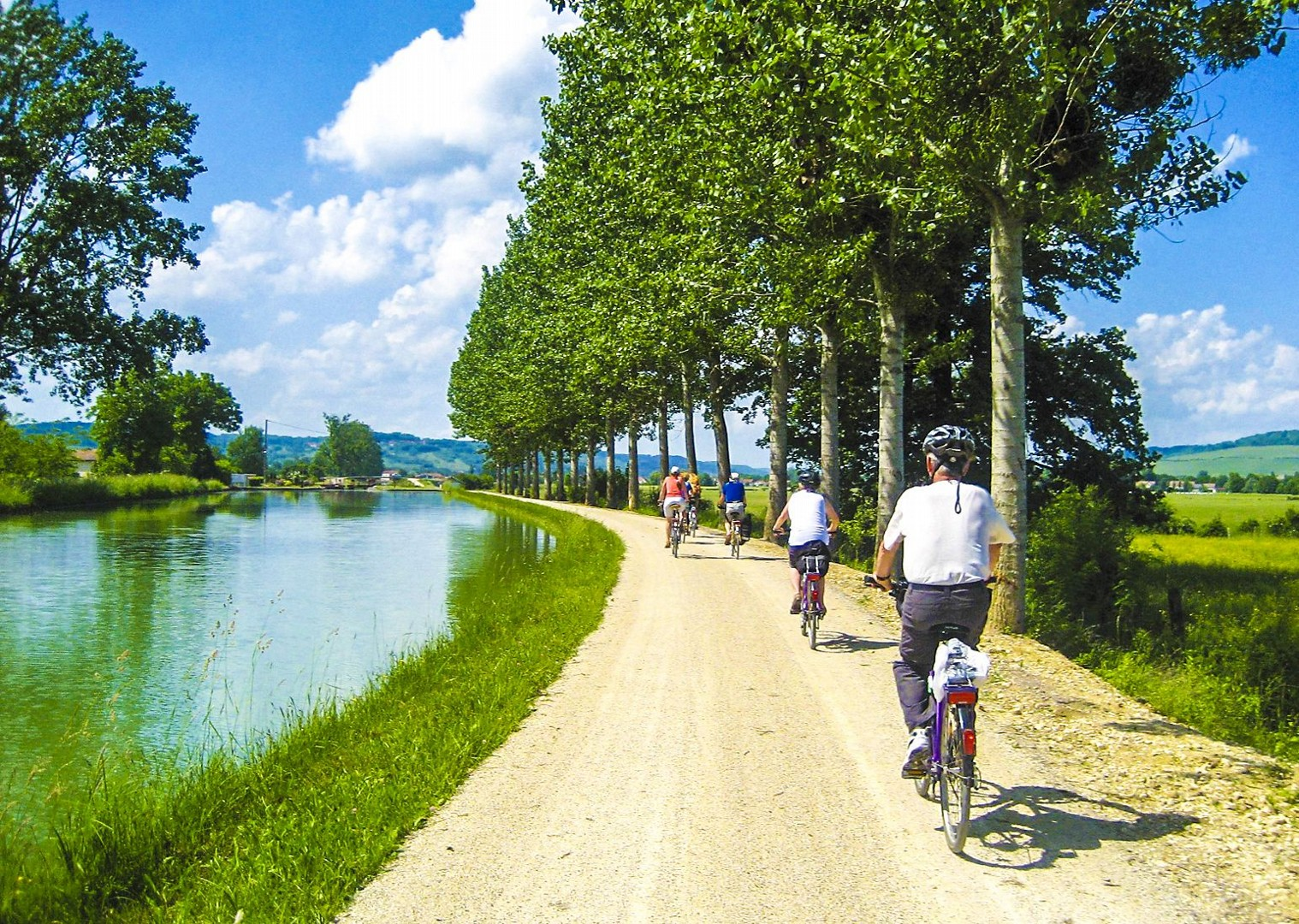 skedaddle-french-cycling-holiday-for-all-ages-family-friends-self-guided.jpg - France - Burgundy - Caves and Canals - Self-Guided Leisure Cycling Holiday - Leisure Cycling