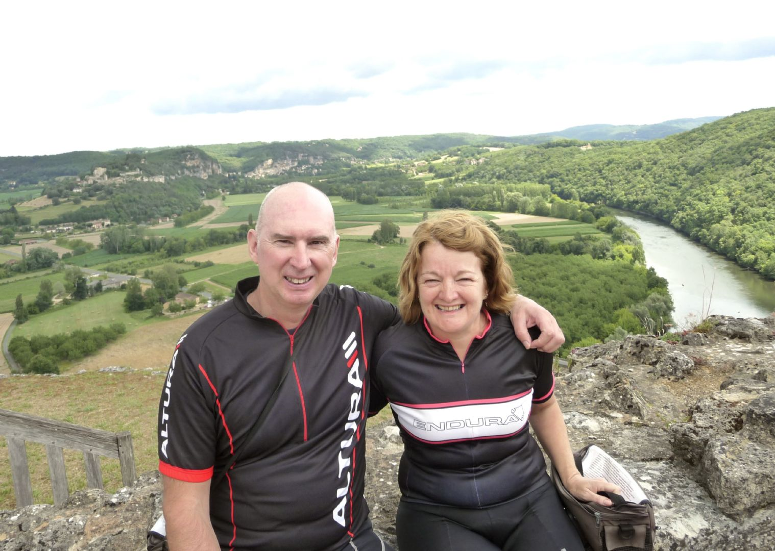 dordgonecycling2.jpg - France - Dordogne Delights - Self-Guided Leisure Cycling Holiday - Leisure Cycling