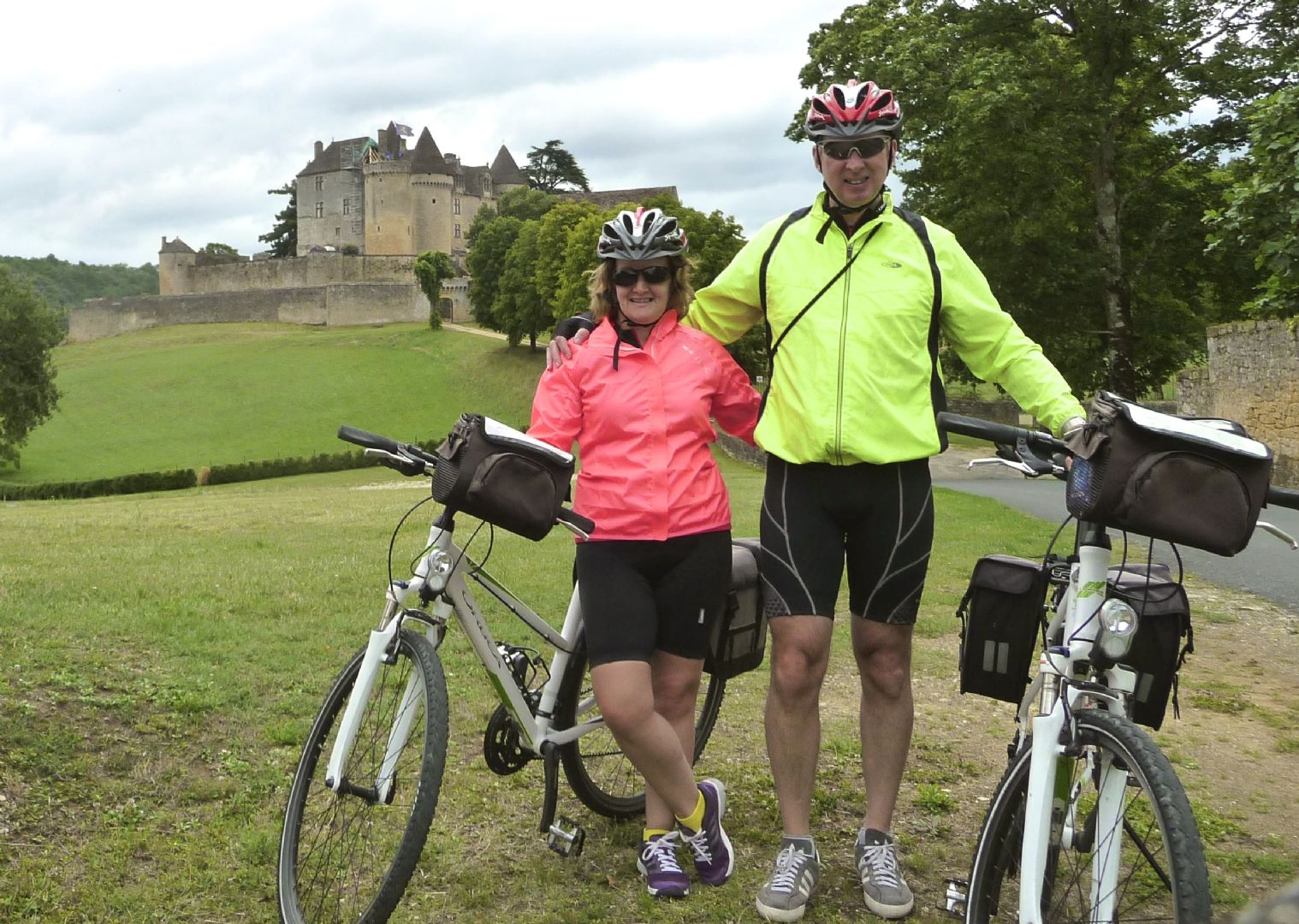 dordognecycling4.jpg - France - Dordogne Delights - Self-Guided Leisure Cycling Holiday - Leisure Cycling