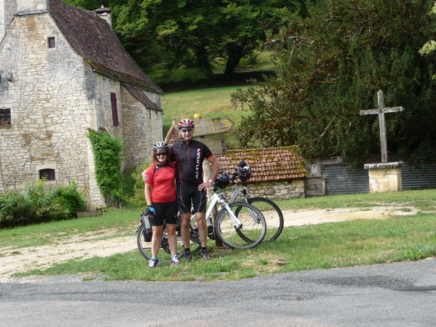 dordognecycling8.jpg - France - Dordogne Delights - Self-Guided Leisure Cycling Holiday - Leisure Cycling