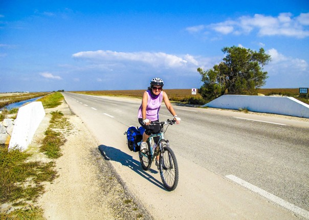 fun-self-guided-leisure-cycling-france-provence-saddle-skedaddle.jpg