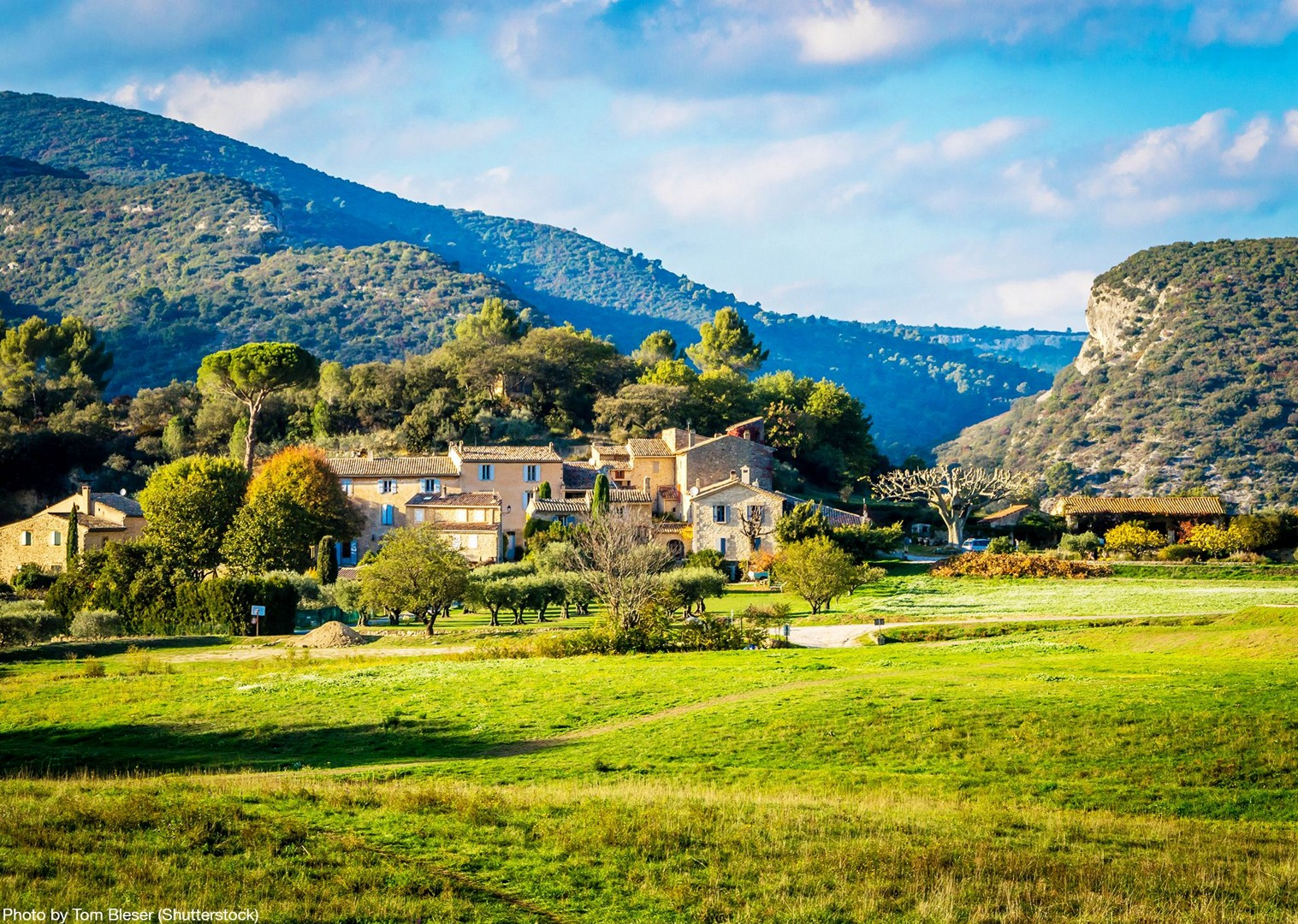 countryside-france-provence-self-guided-explore-on-bikes.jpg - France - Provence - Self-Guided Leisure Cycling Holiday - Leisure Cycling