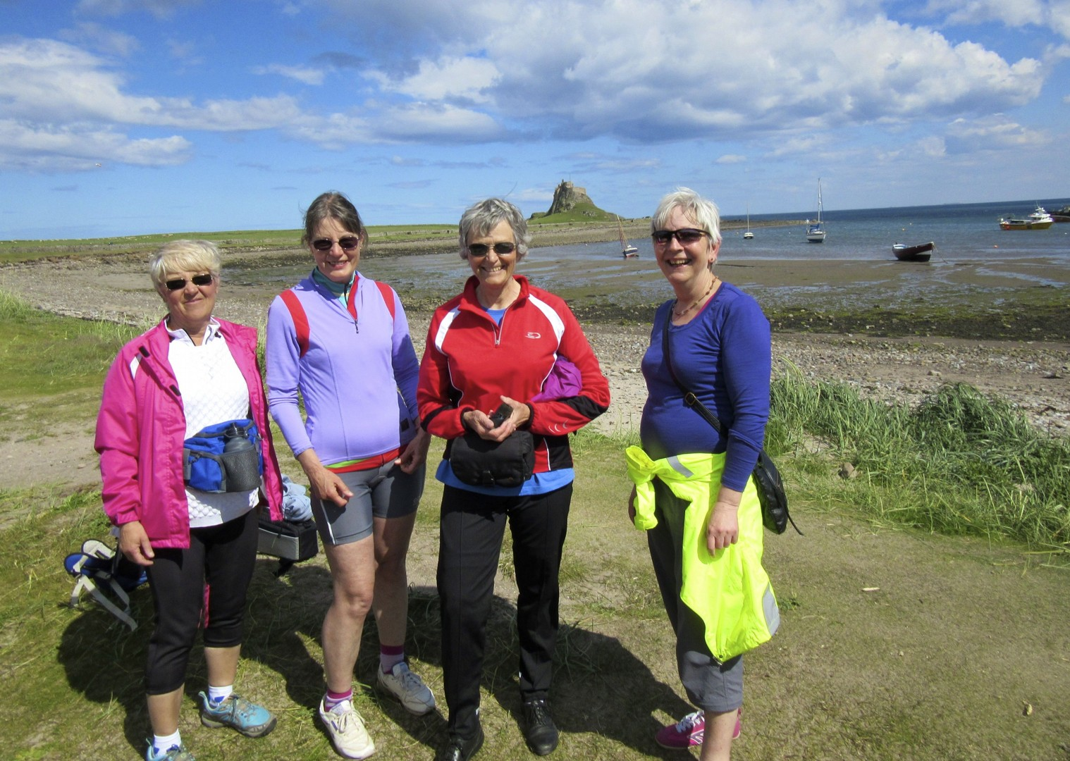 leisure-cycling-holiday-northumberland-lindisfarne.jpg - UK - Northumberland - Alnmouth - Guided Leisure Cycling Holiday - Leisure Cycling