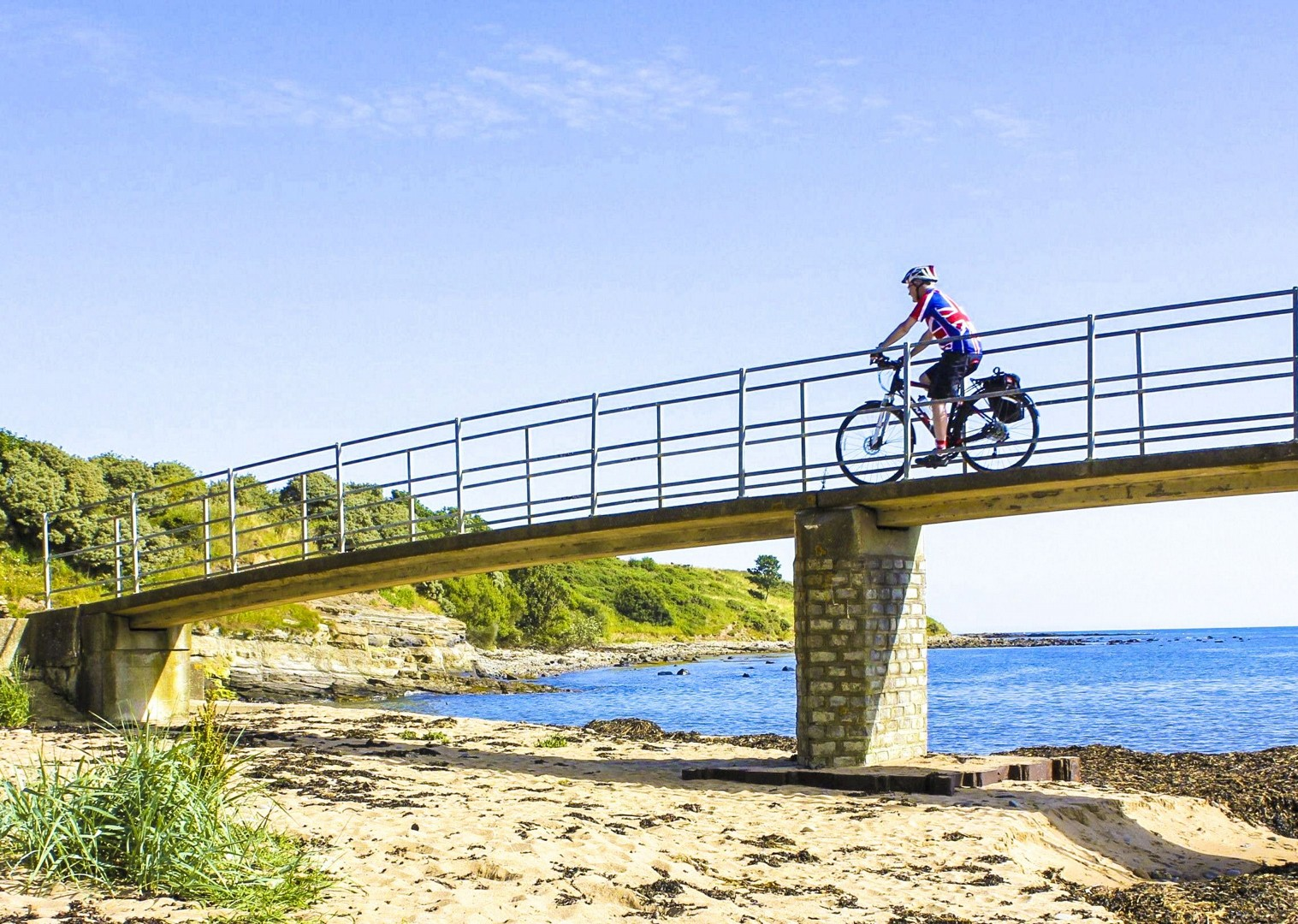 northumberland-coast-cycling-tour-alnmouth-guided-leisure.jpg - UK - Northumberland - Alnmouth - Guided Leisure Cycling Holiday - Leisure Cycling