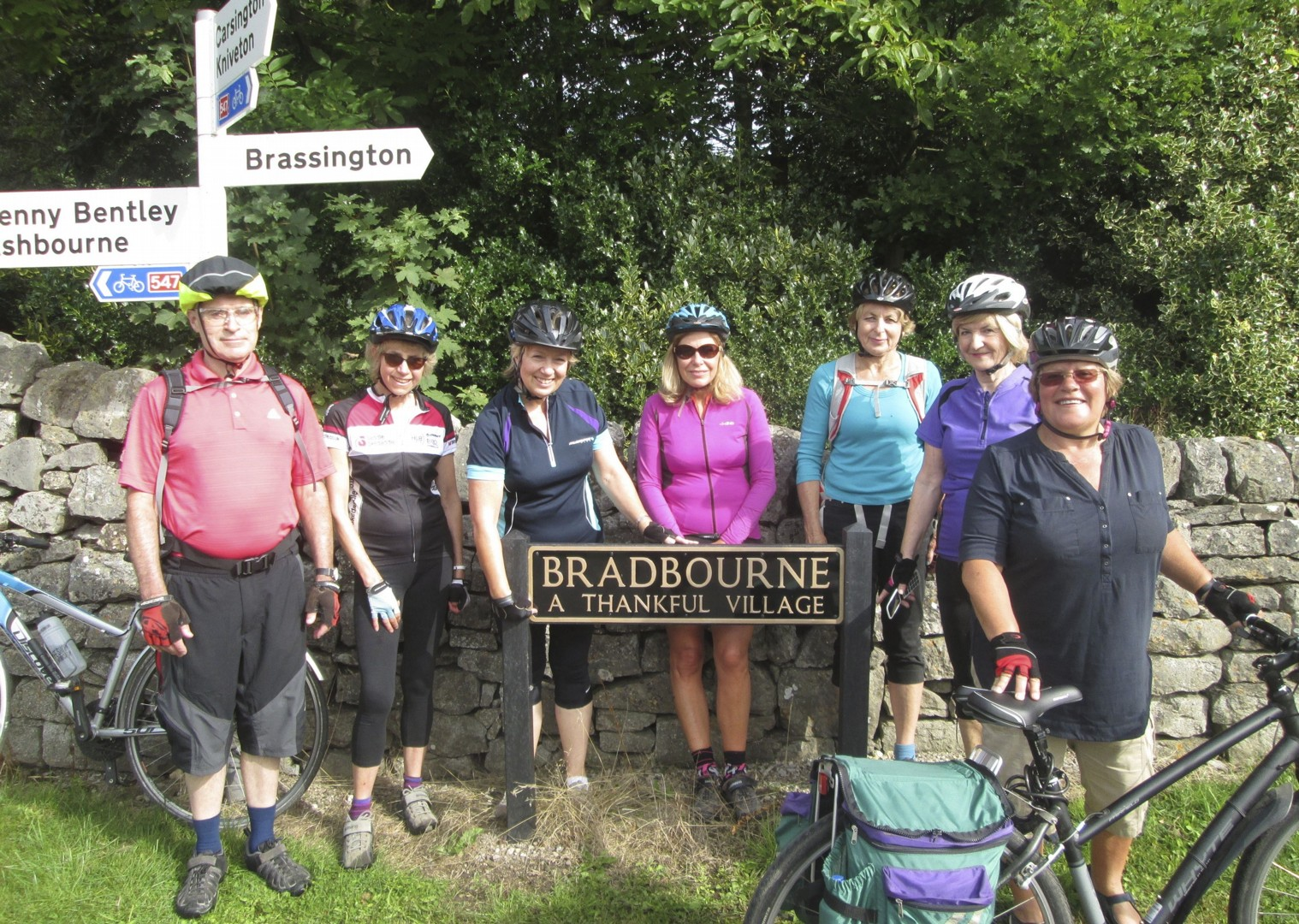 leisure-cycling-holiday-dovedale-cyclists.jpg - UK - Derbyshire Dales - Dovedale - Guided Leisure Cycling Holiday - Leisure Cycling