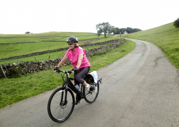 leisure-cycling-holiday-derbyshire-landscape.jpg - UK - Derbyshire Dales - Dovedale - Guided Leisure Cycling Holiday - Leisure Cycling