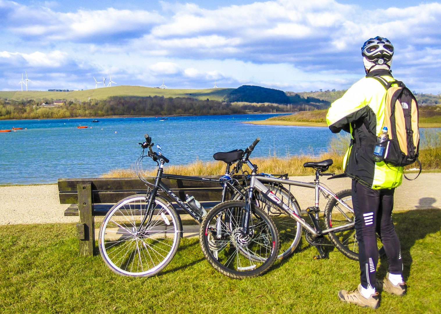 saddle-skedaddle-guided-cycling-leisure-british-countryside-lakes.jpg - UK - Derbyshire Dales - Dovedale - Guided Leisure Cycling Holiday - Leisure Cycling