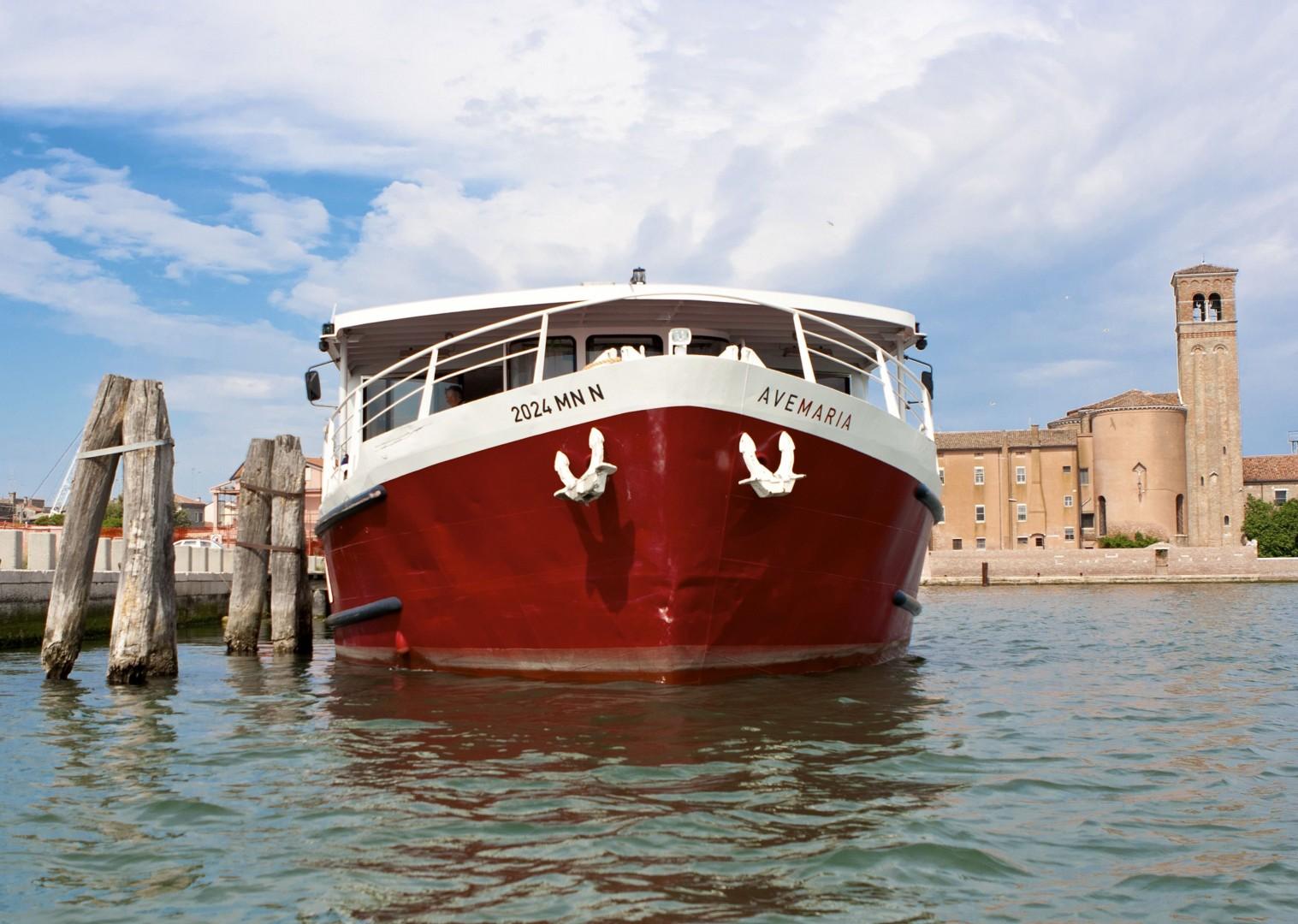 waterwaysofvenice3.jpg - Italy - Venetian Waterways (Venice to Mantova) - Bike and Barge Holiday - Leisure Cycling