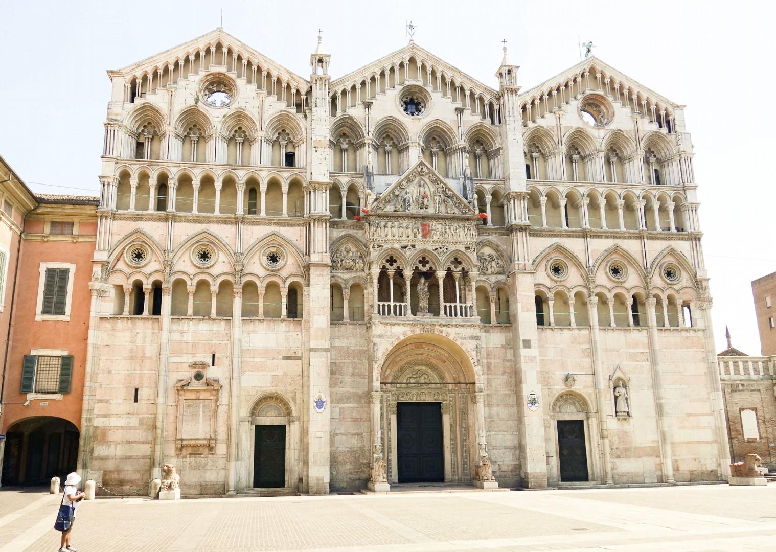 waterwaysofvenice10.jpg - Italy - Venetian Waterways (Venice to Mantova) - Bike and Barge Holiday - Leisure Cycling