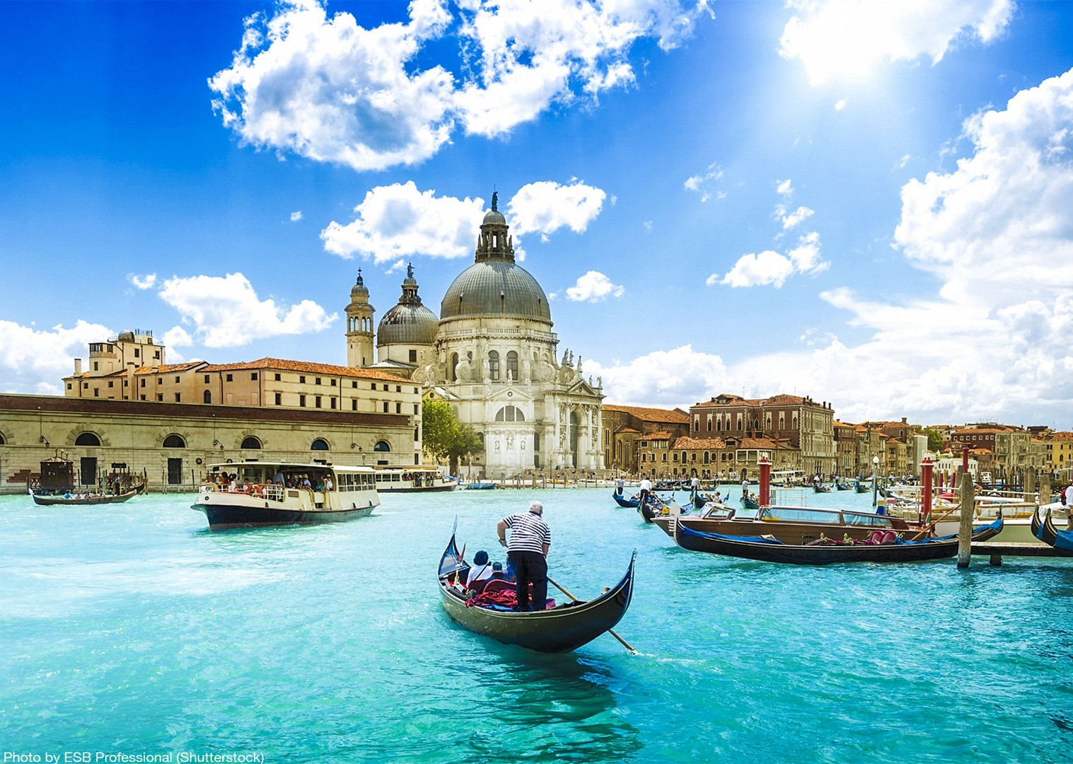 classic-venice-tour-waterways-piazza-san-marco-culture-cycling-holiday.jpg - Italy - Venetian Waterways (Venice to Mantova) - Bike and Barge Holiday - Leisure Cycling