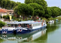 France - Provence - Aigues-Mortes to Avignon - Bike and Barge Holiday Image