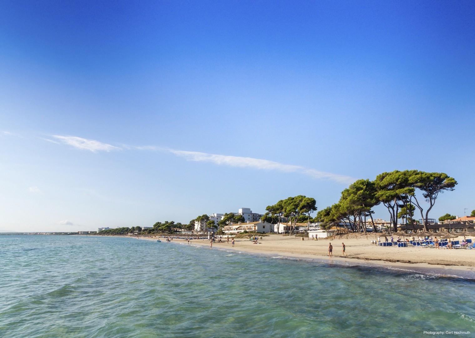leisure-cycling-holiday-beach-coast-mallorca.jpg - Spain - Mallorca - Self-Guided Leisure Cycling Holiday - Leisure Cycling