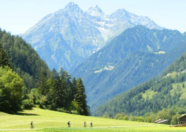 HFcyclingholiday3.jpg - Austria - Ten Lakes Tour - Supported Leisure Cycling Holiday - Leisure Cycling