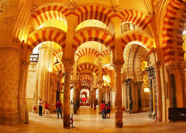 mezquita-guided-leisure-cycling-holiday-southern-spain-granada-to-seville.jpg - Southern Spain - Granada to Seville - Guided Leisure Cycling Holiday - Leisure Cycling