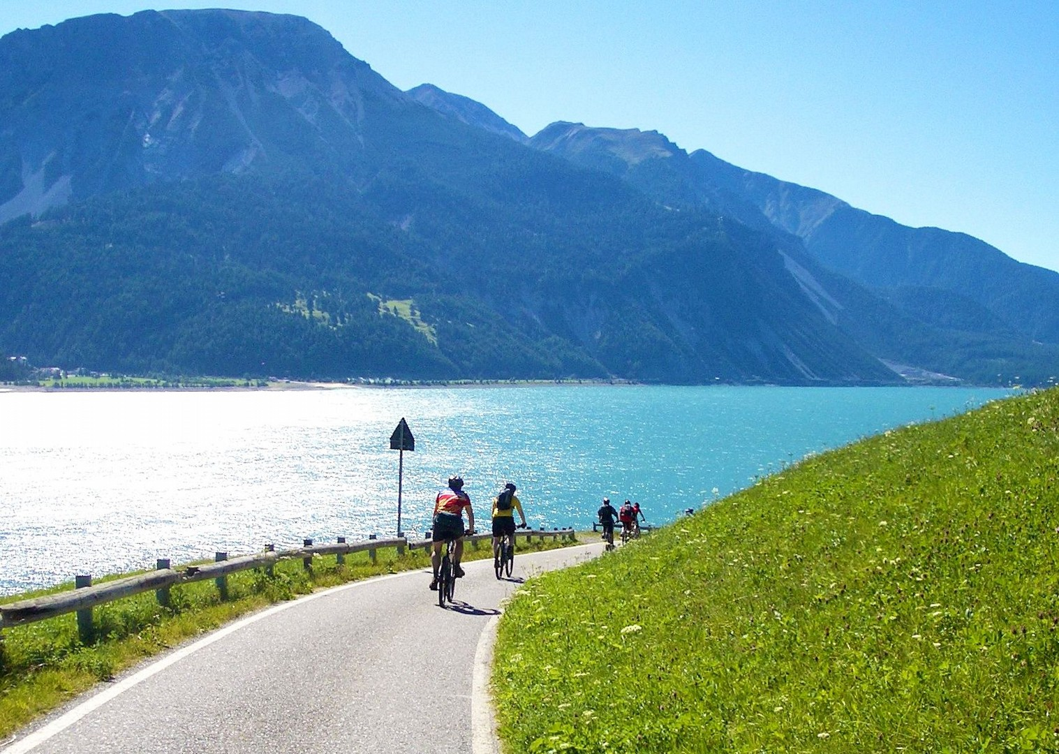 cycle-past-river-etsch-la-via-claudia-adventure.jpg - Italy - La Via Claudia - Self-Guided Leisure Cycling Holiday - Leisure Cycling