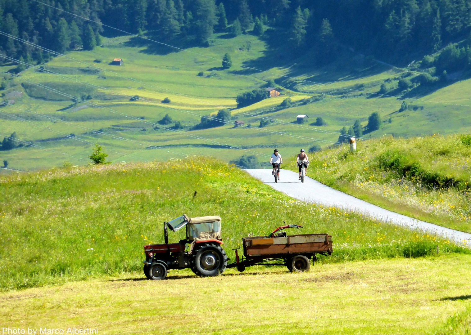 picturesque-scenery-self-guided-cycling-adventure.jpg - Italy - La Via Claudia - Self-Guided Leisure Cycling Holiday - Leisure Cycling