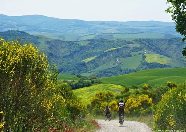 Guided-Leisure-Cycling-Holiday-Italy-Via-Francigena-Tuscany-to-Rome-leisure-riding - Italy - Via Francigena (Tuscany to Rome) - Guided Leisure Cycling Holiday - Leisure Cycling