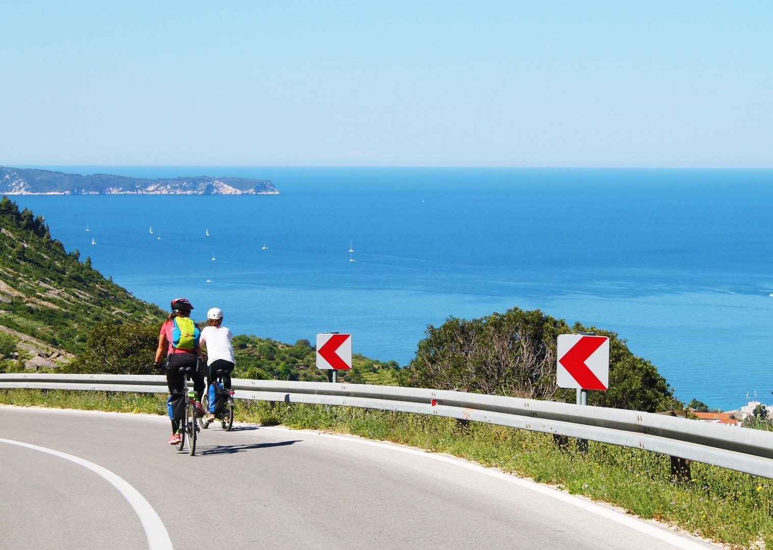 croatian-coast-explore-on-bike-skedaddle.jpg - Croatia - Dalmatian National Parks and Islands Plus - Bike and Boat Holiday - Leisure Cycling