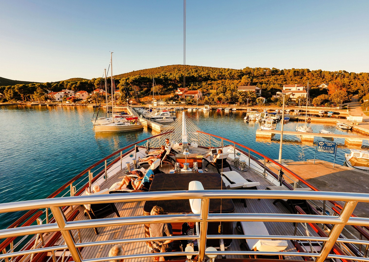 relax-yacht-and-cycle-tour-croatia.jpg - Croatia - Dalmatian National Parks and Islands Plus - Bike and Boat Holiday - Leisure Cycling