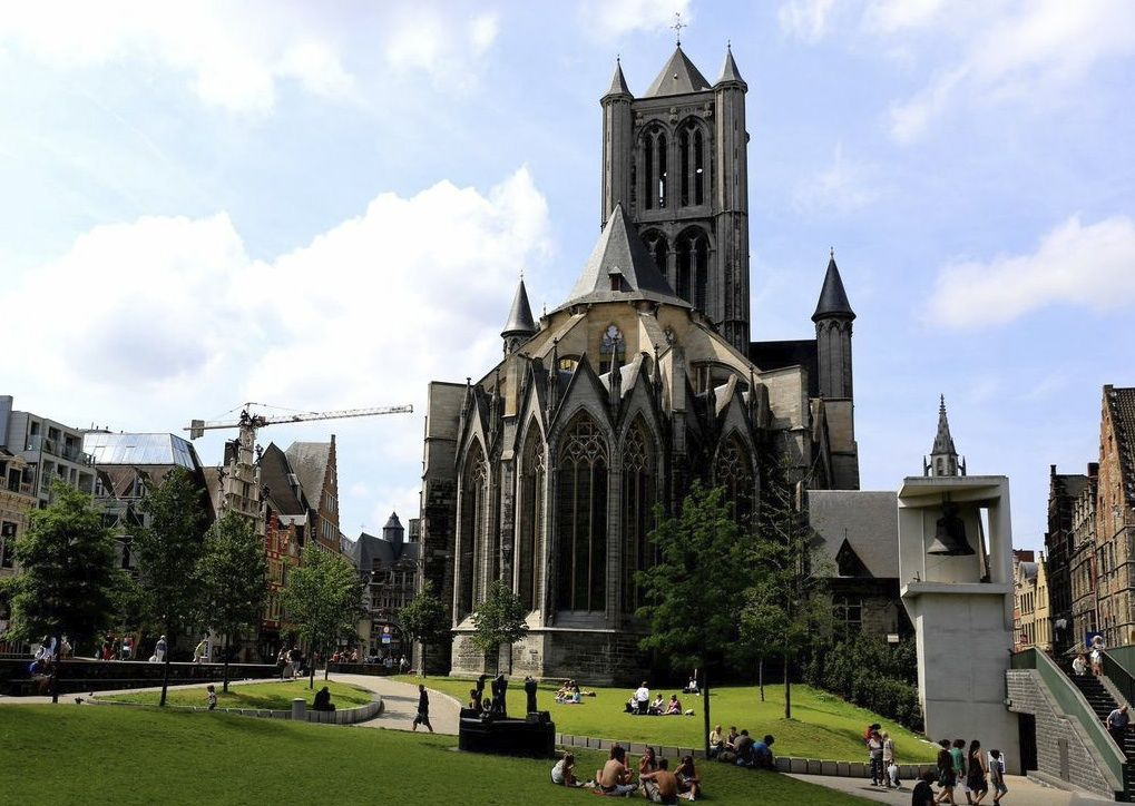 Holland-and-Belgium-Bruges-to-Amsterdam-Bike-and-Barge-Holiday - Holland and Belgium - Amsterdam to Bruges - Premium Bike and Barge Holiday - Leisure Cycling