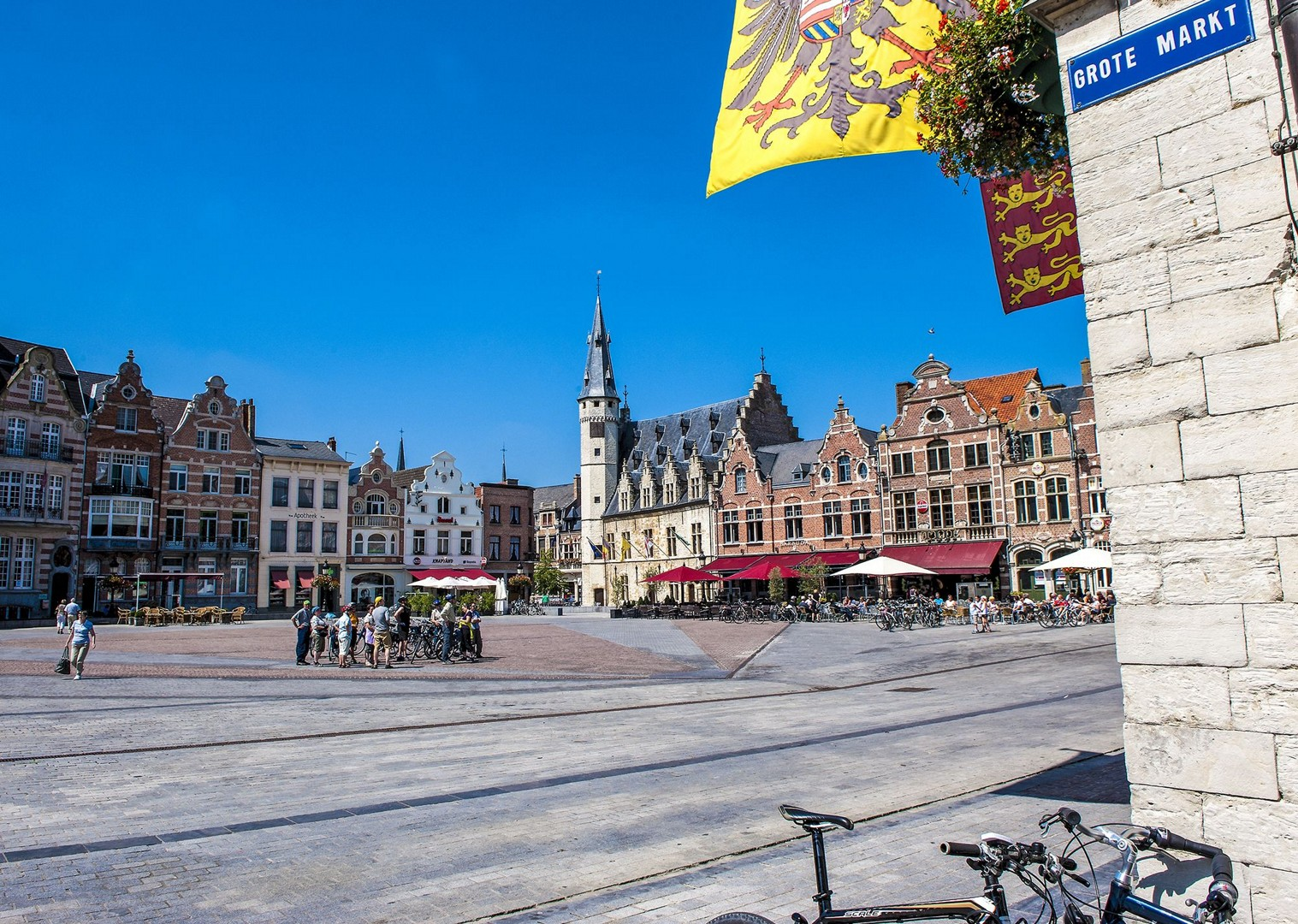 premium-cycle-tours-holland-belgium-grote-markt-culture-food.jpg - Holland and Belgium - Amsterdam to Bruges - Premium Bike and Barge Holiday - Leisure Cycling