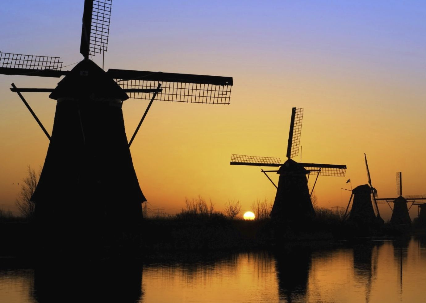 Holland-and-Belgium-Bruges-to-Amsterdam-Bike-and-Barge-Holiday - Holland and Belgium - Bruges to Amsterdam - Premium Bike and Barge Holiday - Leisure Cycling