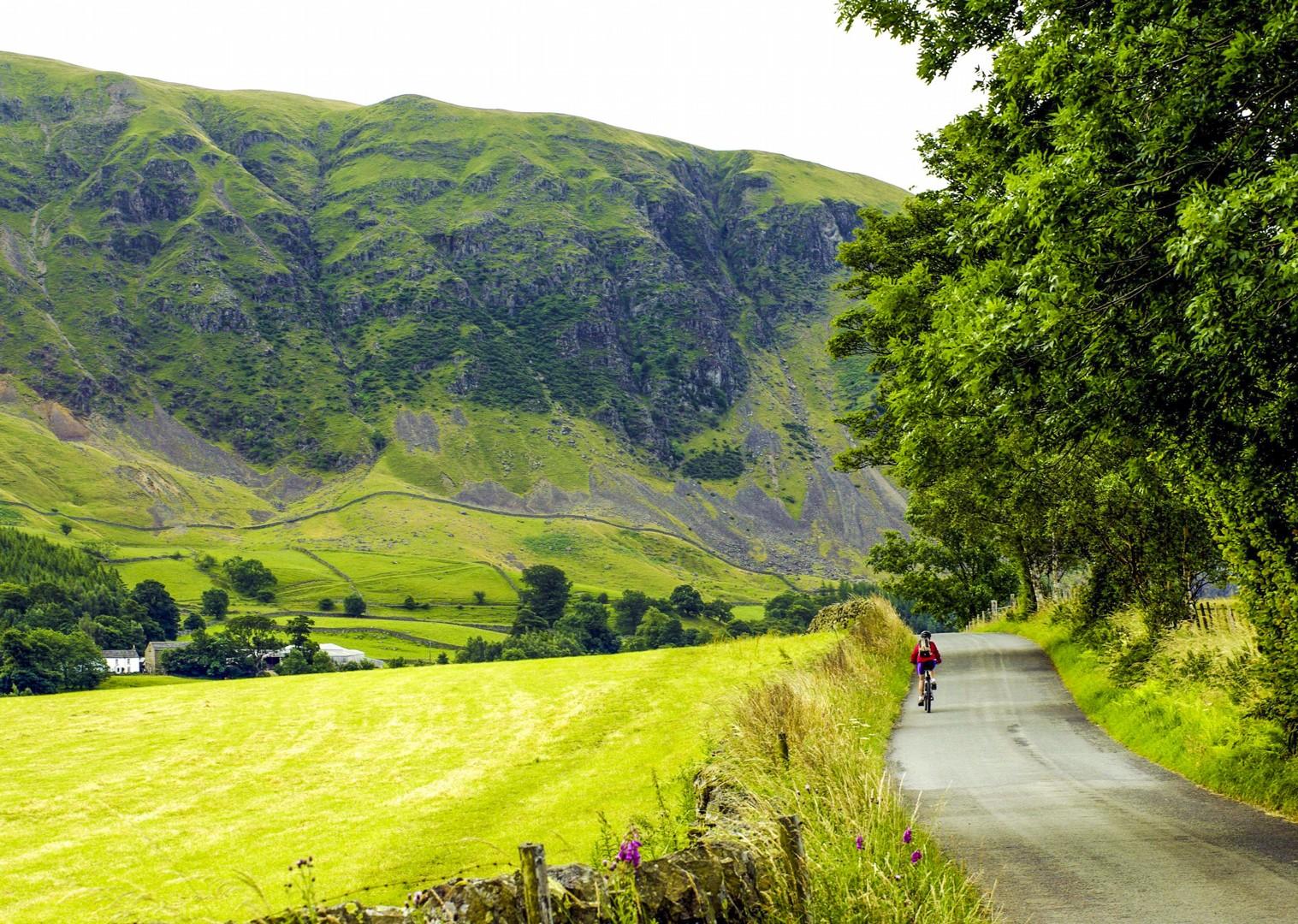 cycling-tour-leisure-bike-holiday-beautiful-uk.jpg - UK - C2C - Coast to Coast 4 Days Cycling - Self-Guided Leisure Cycling Holiday - Leisure Cycling