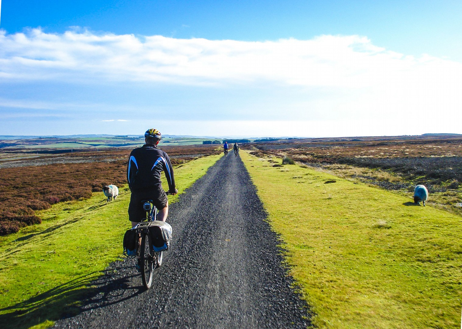 cycle-paths-authentic-uk-britain-4-days-self-guided-tour.jpg - UK - C2C - Coast to Coast 4 Days Cycling - Self-Guided Leisure Cycling Holiday - Leisure Cycling