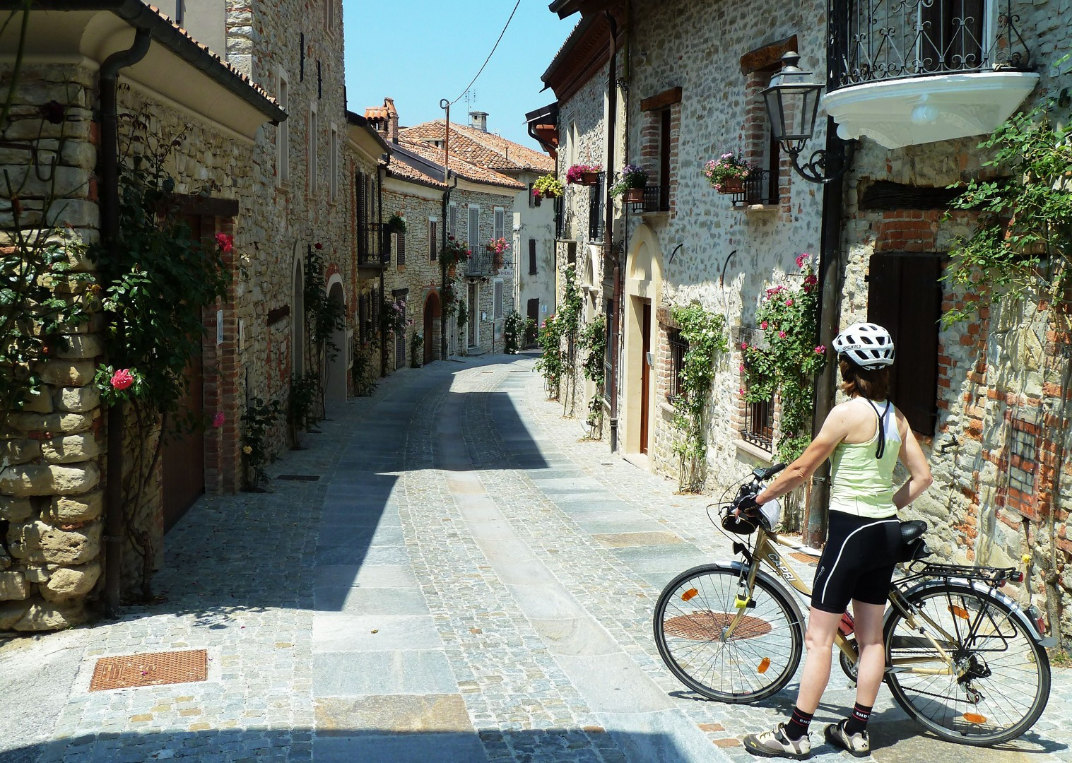 _Customer.27713.17221.jpg - Italy - Piemonte - Vineyards and Views - Self-Guided Leisure Cycling Holiday - Leisure Cycling