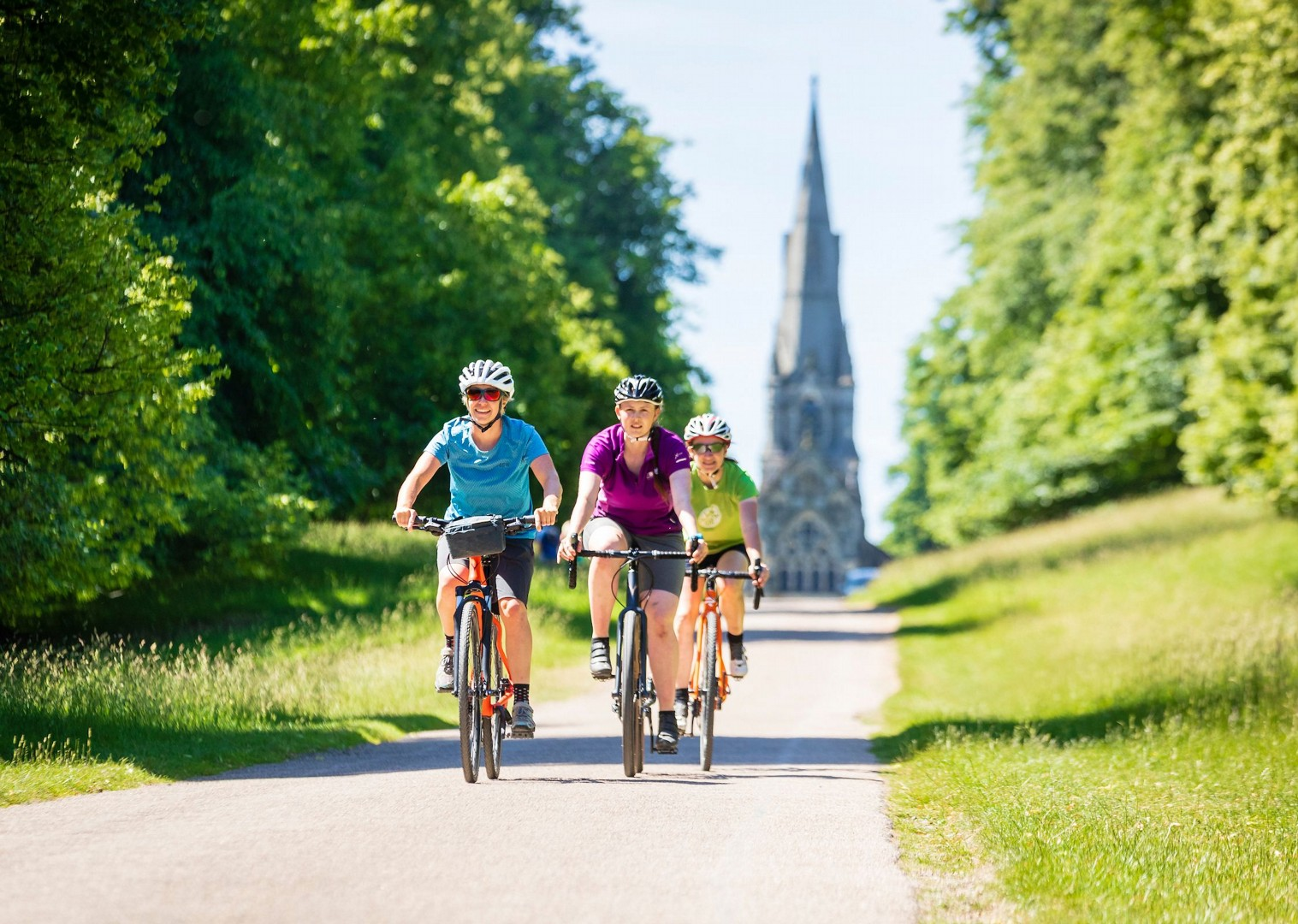 british-landmark-sights-on-a-bike-holiday-5-days.jpg - UK - Way of the Roses 5 Days Cycling - Self-Guided Leisure Cycling Holiday - Leisure Cycling
