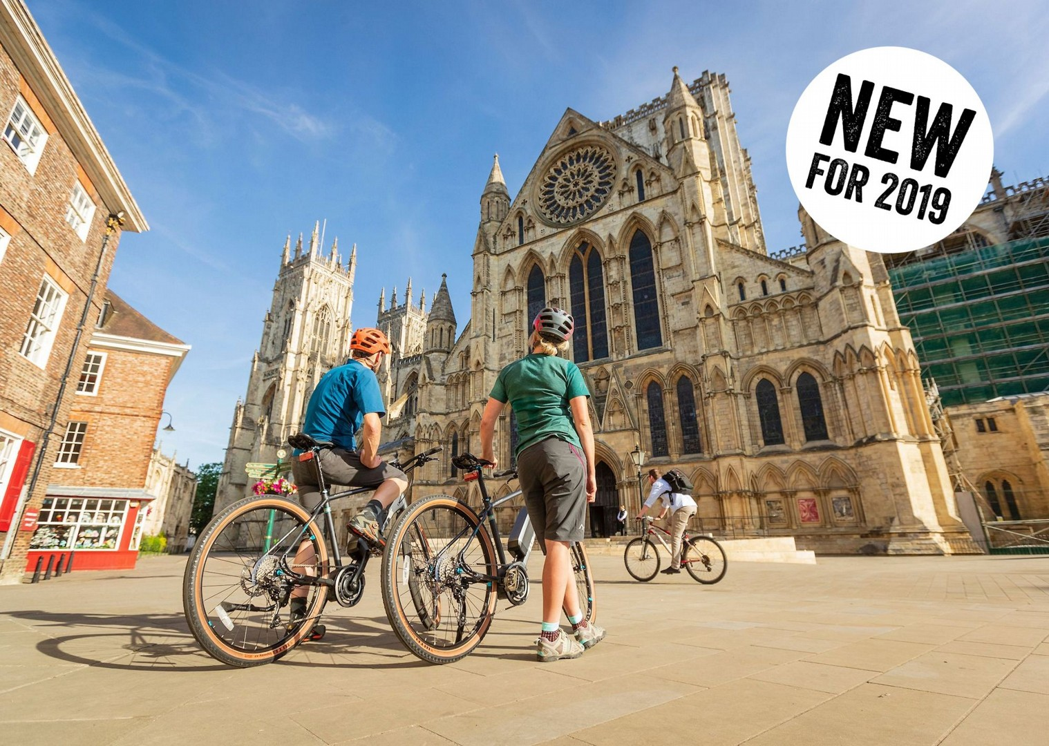 york-minster-self-guided-cycling-holiday.jpg - UK - Way of the Roses 5 Days Cycling - Self-Guided Leisure Cycling Holiday - Leisure Cycling