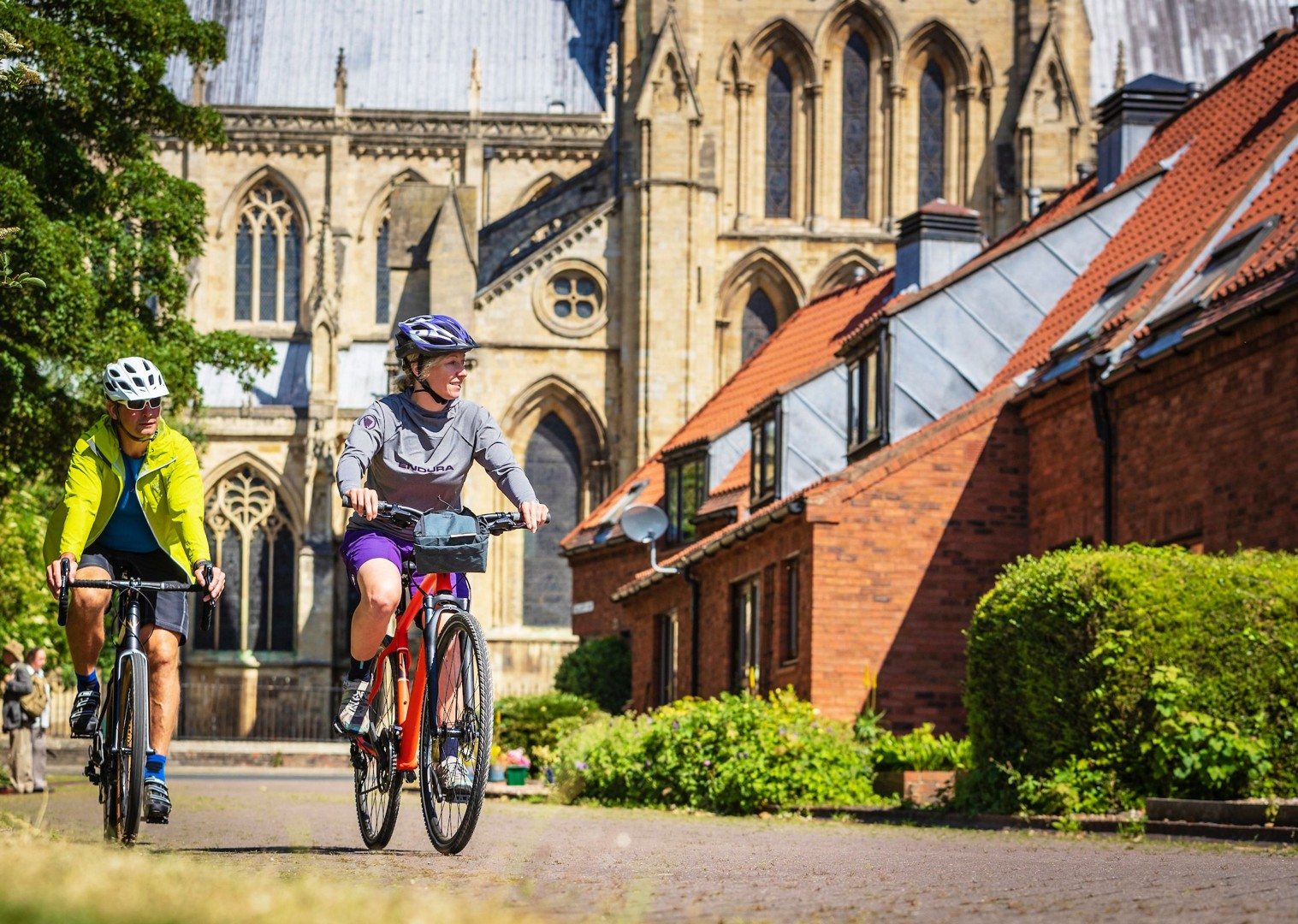 beverley-minster-self-guided-cycling-holiday.jpg - NEW! UK - Yorkshire Wolds - Leisure Cycling