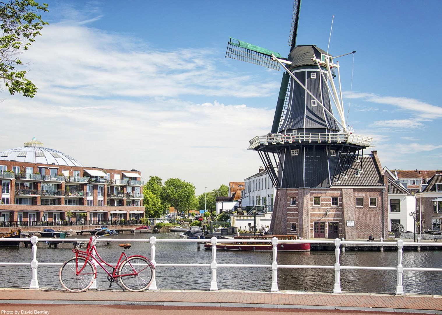 dutch-discoverer-family-cycling-holiday-self-guided-windmills-in-holland.jpg - NEW! Holland - Dutch Discoverer - Canals and Castles - Family Cycling