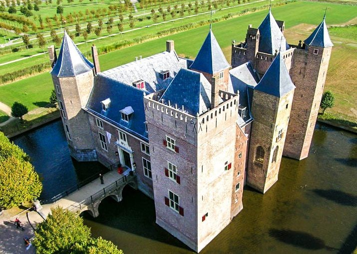 holland-self-guided-family-cycling-dutch-discoverer-holiday-trip.jpg - NEW! Holland - Dutch Discoverer - Canals and Castles - Family Cycling