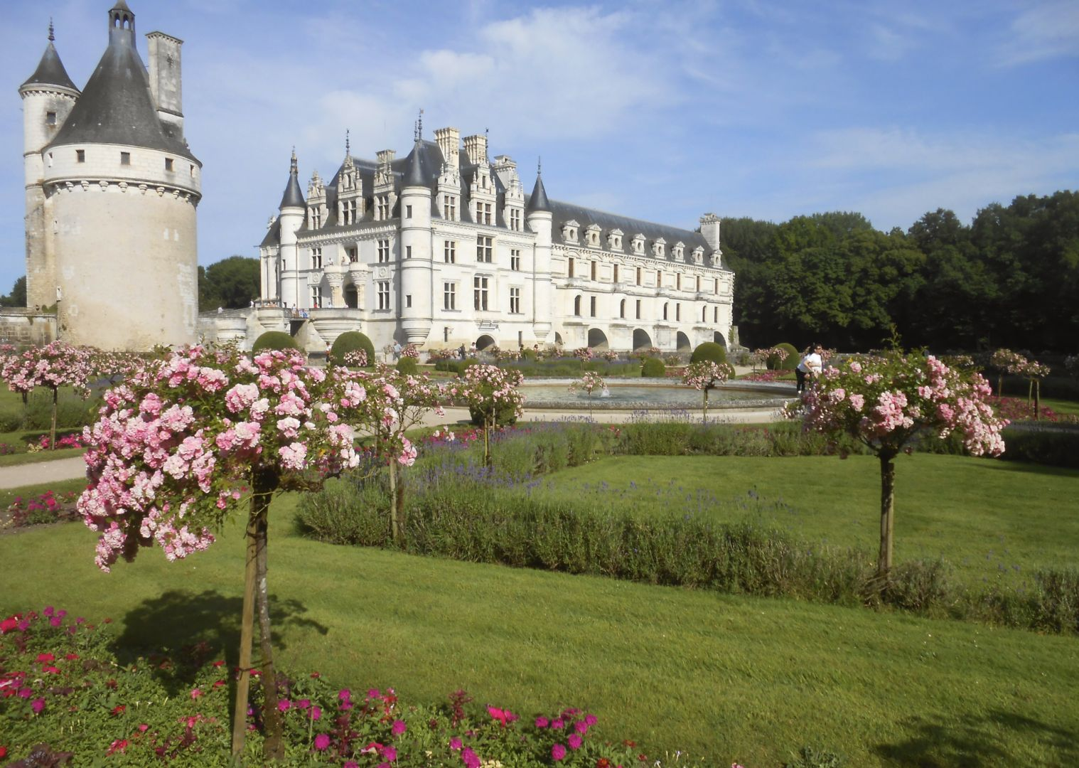 chenonceaux 6.jpg - France - Loire - Valley of Castles - Self-Guided Family Cycling Holiday - Family Cycling