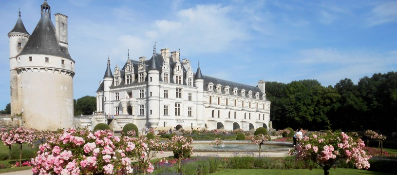 The Loire Valley is full of fun and interesting things to do for all the family! It is a wonderful destination to introduce the kids to cycling and enjoy many castles, manor houses and dreamy residences.