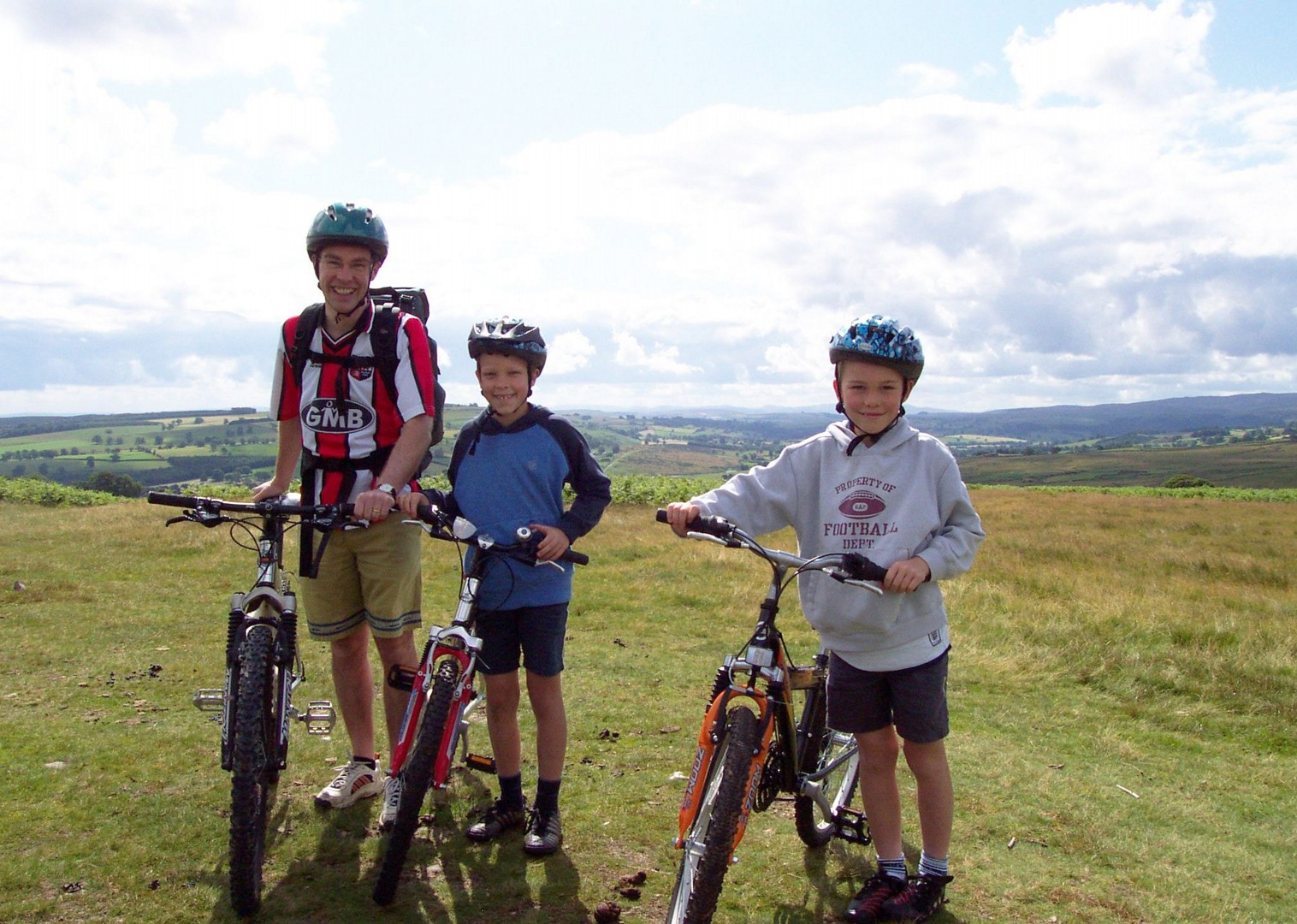 bike-skills-lake-district-guided-holiday.jpg - UK - Lake District - Guided Family Bike Skills - Family Cycling