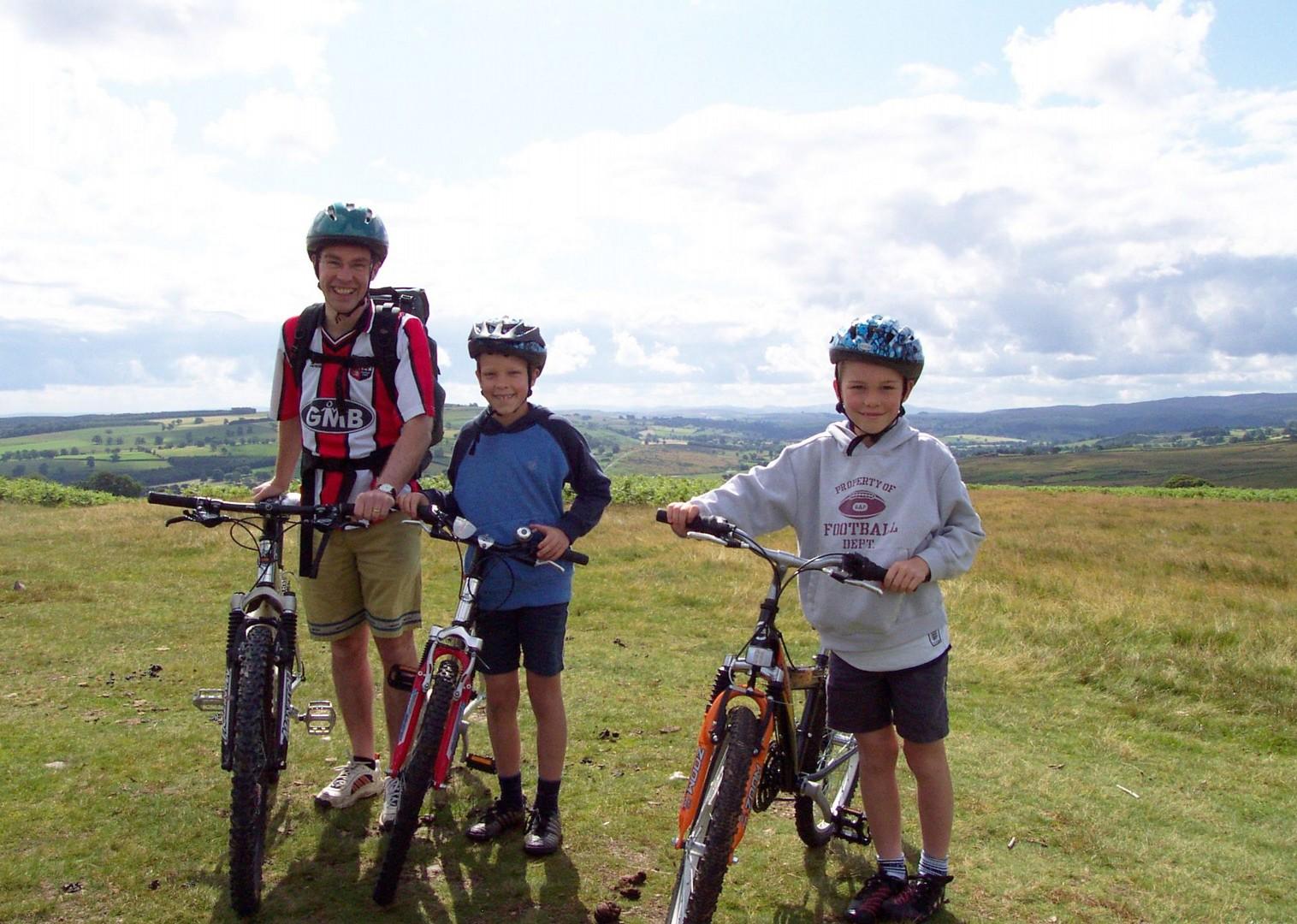 bike-skills-lake-district-guided-holiday.jpg - UK - Lake District - Guided Family Bike Skills - Family Cycling