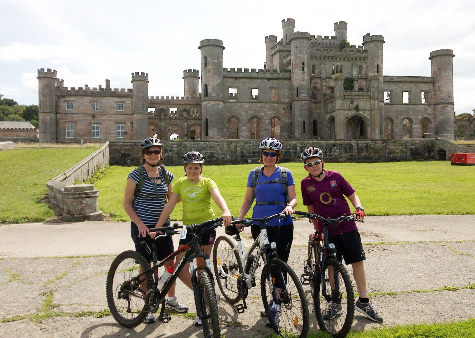 castles-uk-lake-district-guided-cycling-holiday.jpg - UK - Lake District - Guided Family Bike Skills - Family Cycling