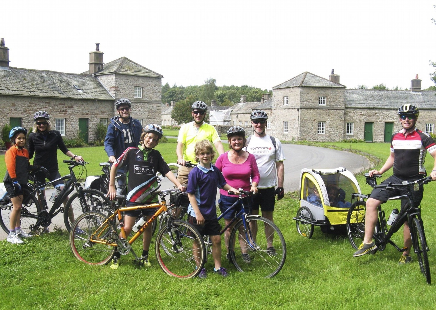 guided-group-family-bike-skills-uk.jpg - UK - Lake District - Guided Family Bike Skills - Family Cycling