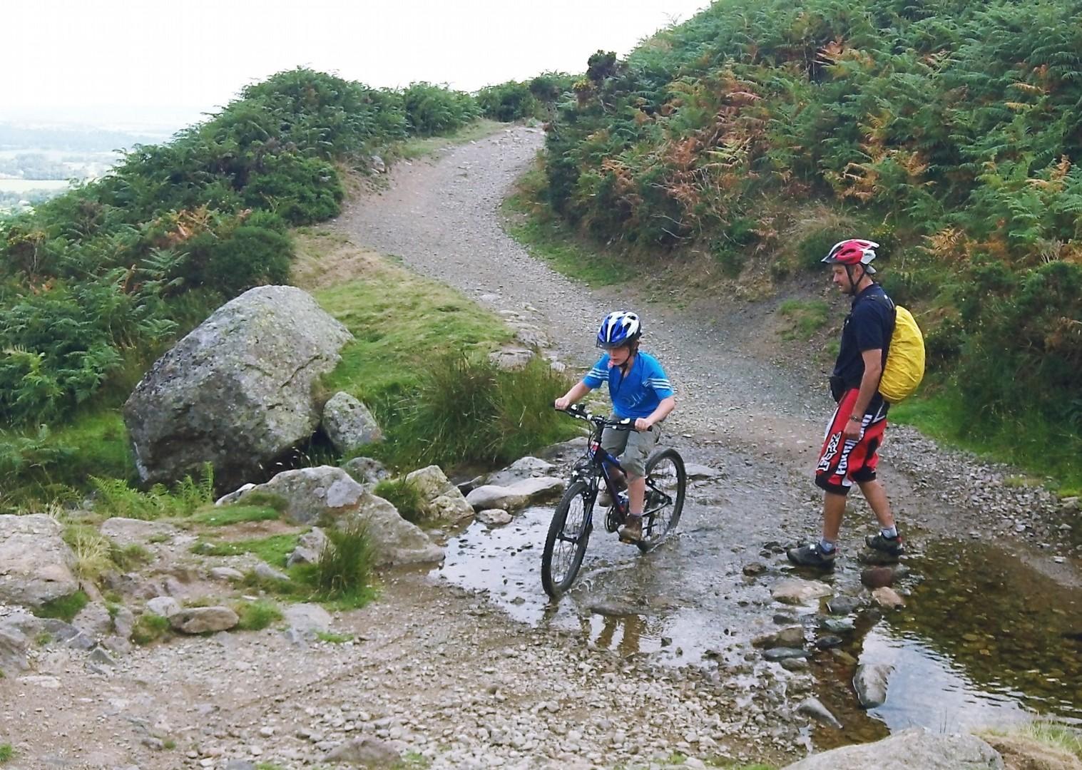 lake-district-uk-bike-skills.jpg - UK - Lake District - Guided Family Bike Skills - Family Cycling