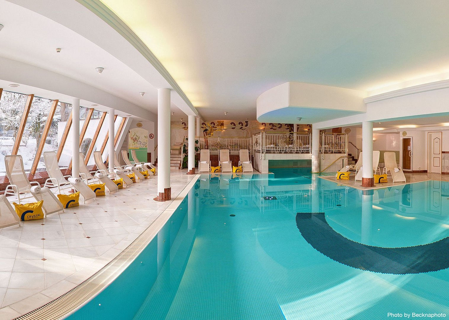 hotel-swimming-pool-austria-family-cycling-holiday.jpg - Austria - Tyrolean Valleys - Family Cycling