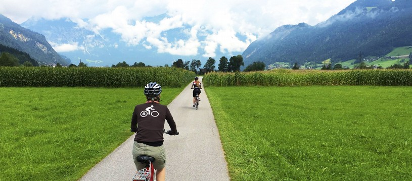 Following quiet cycle paths along the valley floor, weaving between the dramatic peaks of the surrounding mountains, this trip provides the ideal opportunity to explore the beautiful region of Austrian Tyrol, gently and at your own pace.