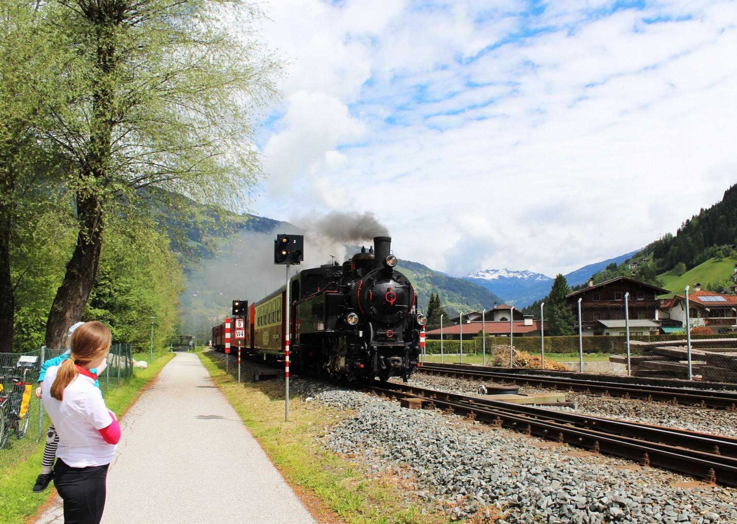 train-valleys-austria-cycling-holiday-self-guided.jpg - Austria - Tyrolean Valleys - Family Cycling